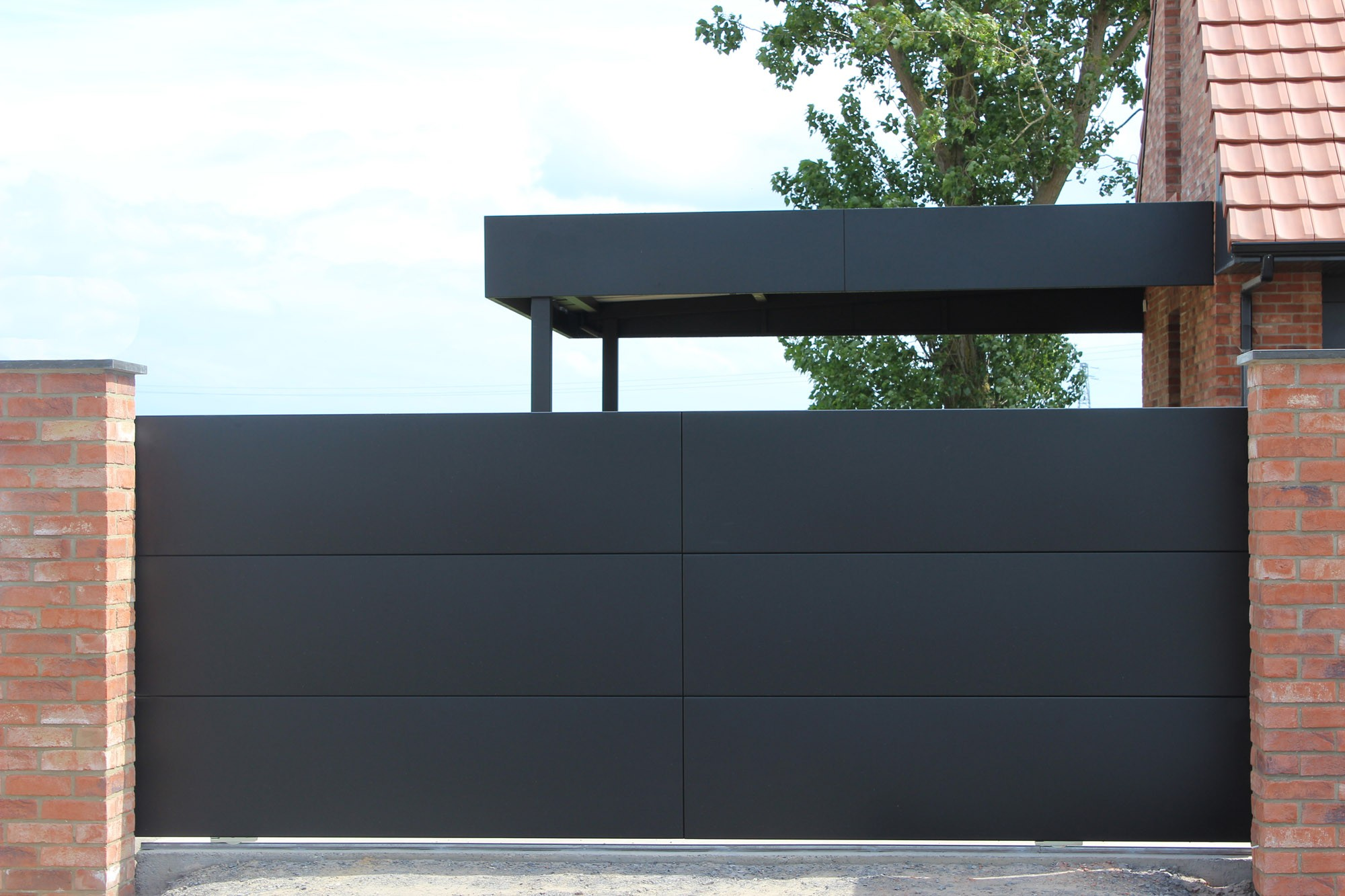 carport aluminium sur mesure newtech fermetures. Black Bedroom Furniture Sets. Home Design Ideas